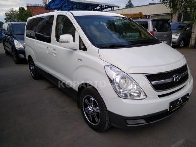 Hyundai Grand Starex 2 wd  (2010 г.в.)